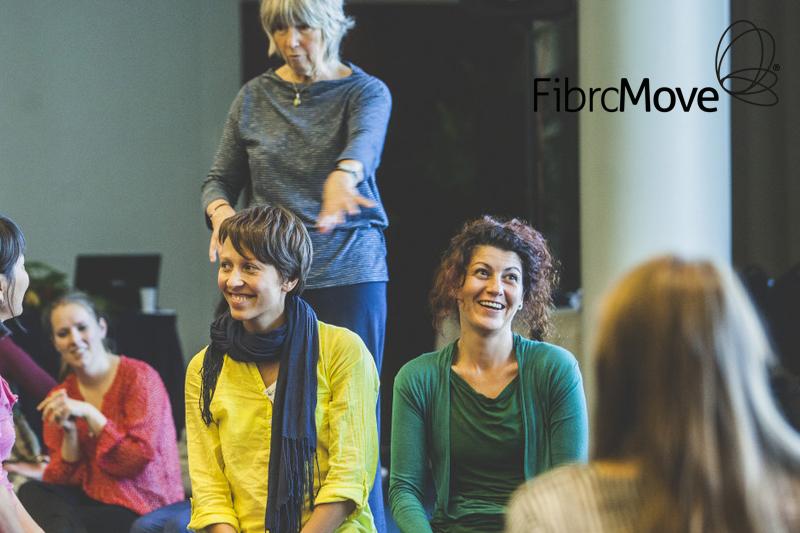 dames vrolijk in therapiesessie fibromove